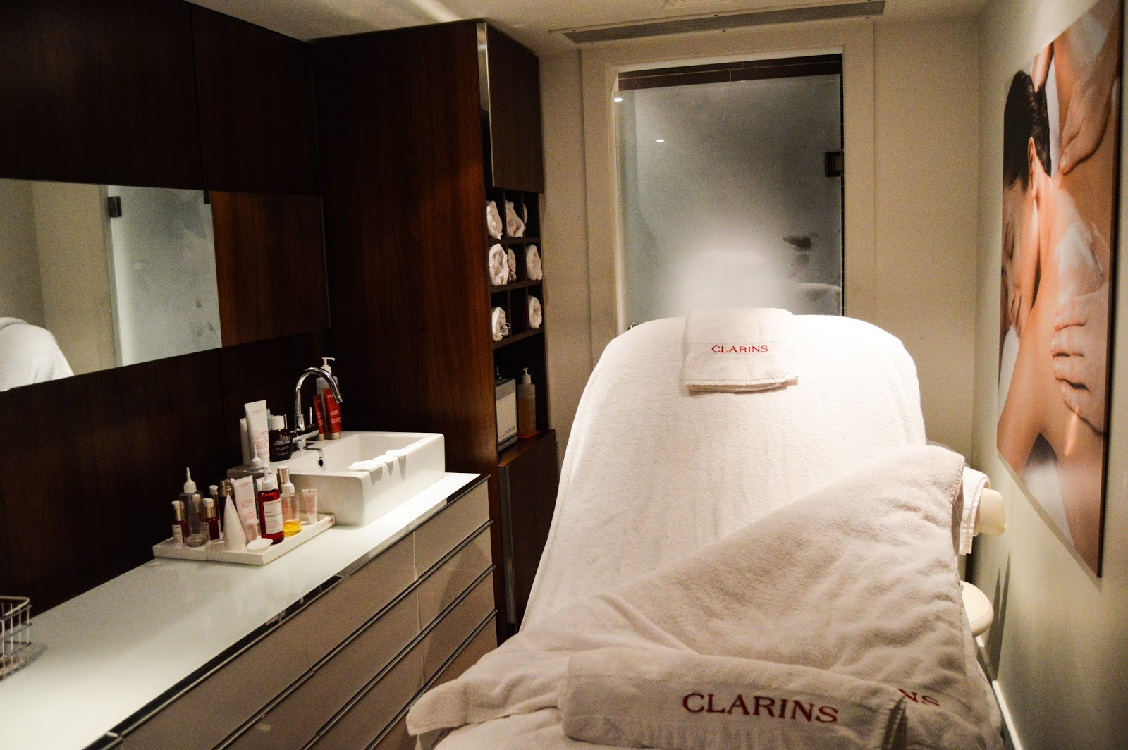 clarins spa detox and shine stopper facial treatment