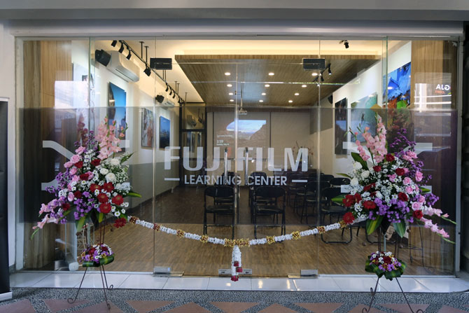 Pita Peresmian Fujifilm Learning Center di Yogyakarta - Dok. Ardian Kusuma