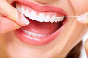 Gigi Terlihat Kuning? Putihkan Dengan 7 Cara Memutihkan Gigi Secara Alami Ini