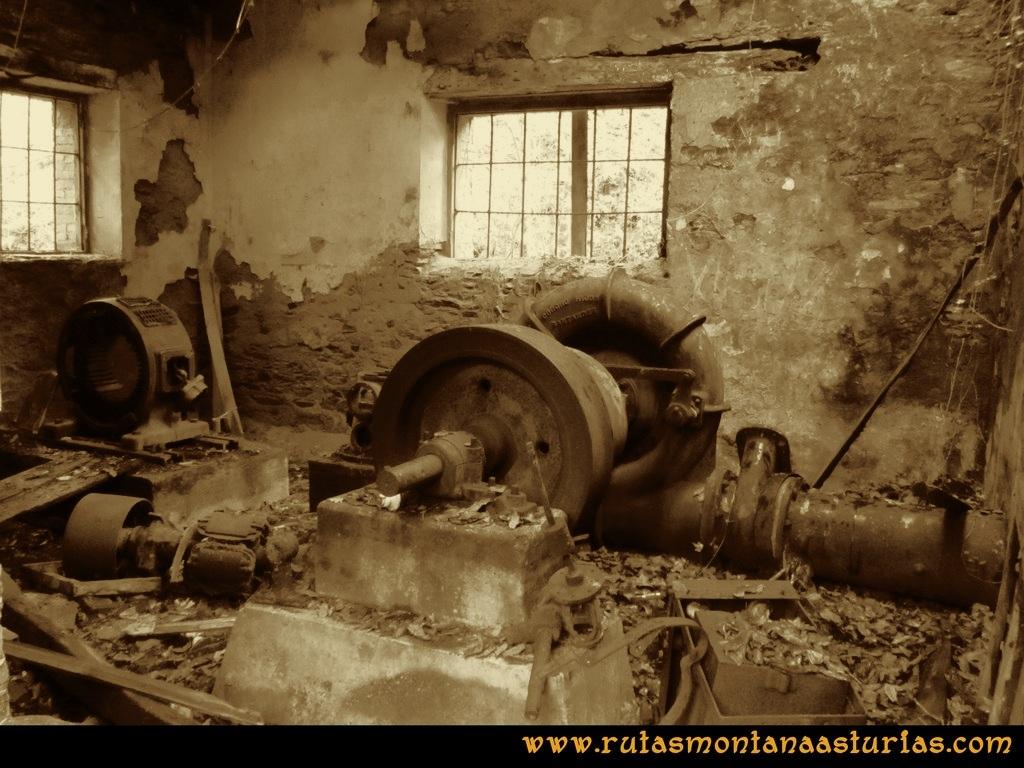 Senda de Bustavil, Tineo, PR AS-288: Sala de máquinas de la central hidráulica