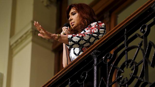 Argentina: El juez dicta la inhibición de todos los bienes de Cristina Fernández de Kirchner