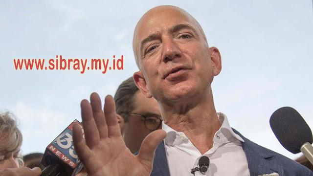 Pendiri Amazon Jeff Bezos Sumbang Rp29.6 Triliun untuk Gelandangan