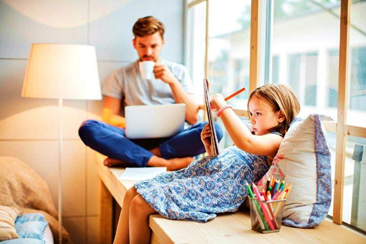 Çocuklarlayeteri kadar sohbet etmemeniz aranızdaki bağı olumsuz anlamda zayıflatacaktır.