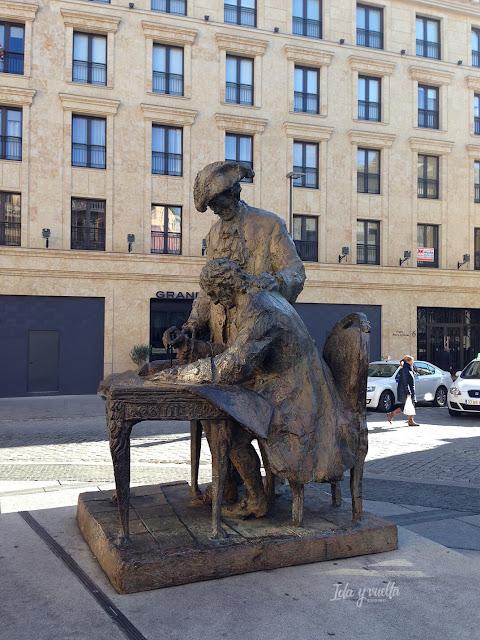 Los hermanos Churriguera viendo las obras de la Plaza Mayor