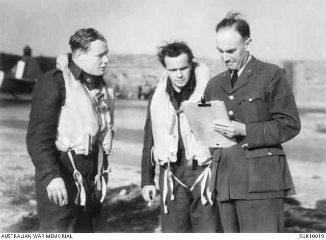 RAAF pilots in England, 20 September 1941 worldwartwo.filminspector.com