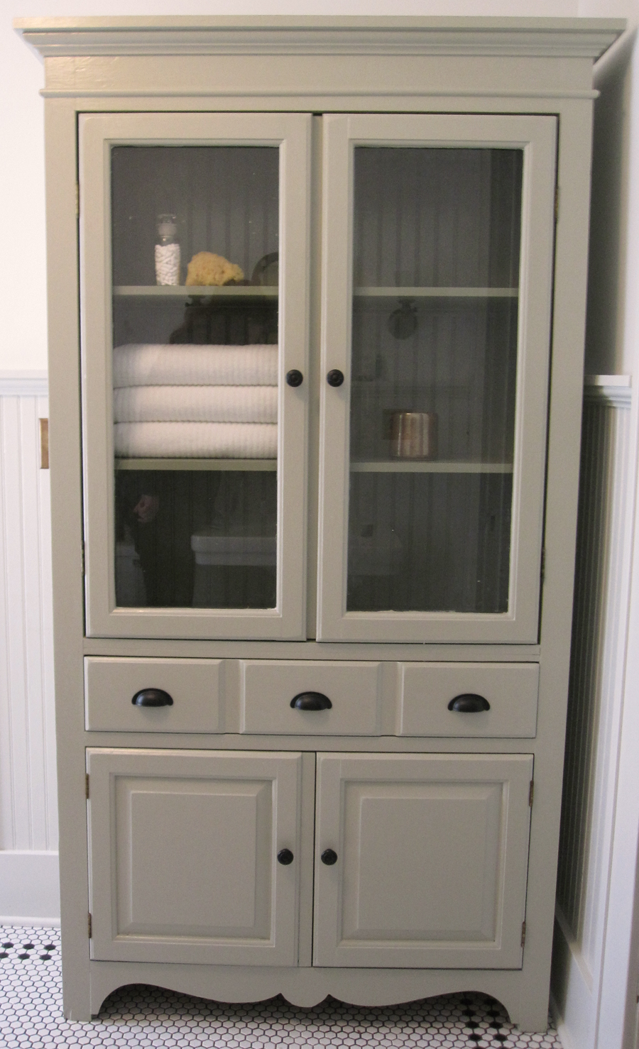 Keep Smiling: TV Cabinet to Linen Cabinet