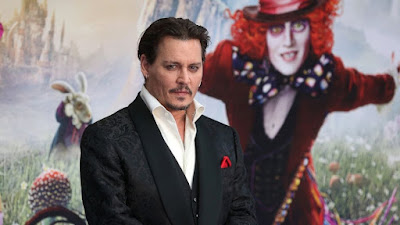 depp-surprises-guests-aboard-ride