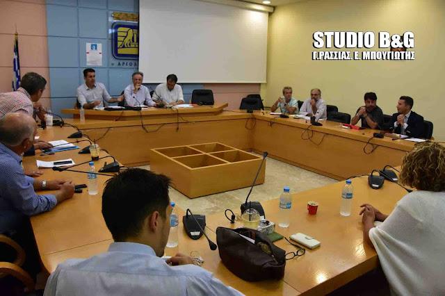 Συνεδριάζει με 34 θέματα το Δημοτικό Συμβούλιο στο Ναύπλιο