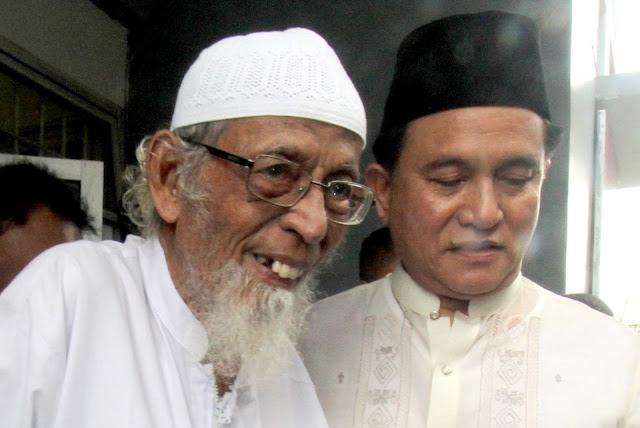 Yusril Kembalikan Urusan Pembebasan Abu Bakar Ba'asyir ke Pemerintah
