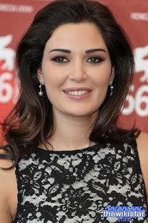 سيرين عبد النور (Cyrine Abdelnour)، مغنية وممثلة وعارضة أزياء لبنانية