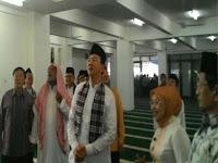 Wartawan Senior: Yang bangun masjid dan berangkatkan marbot umroh BUKAN ahok!
