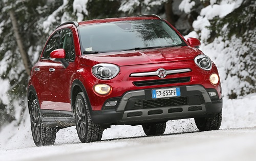 Fiat 500X in Snow