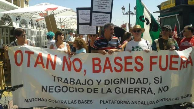"""España recibe con marcha a Obama, """"uno de los más asesinos del mundo"""""""