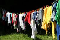 tips mencuci pakaian dengan tangan yang benar dan cepat