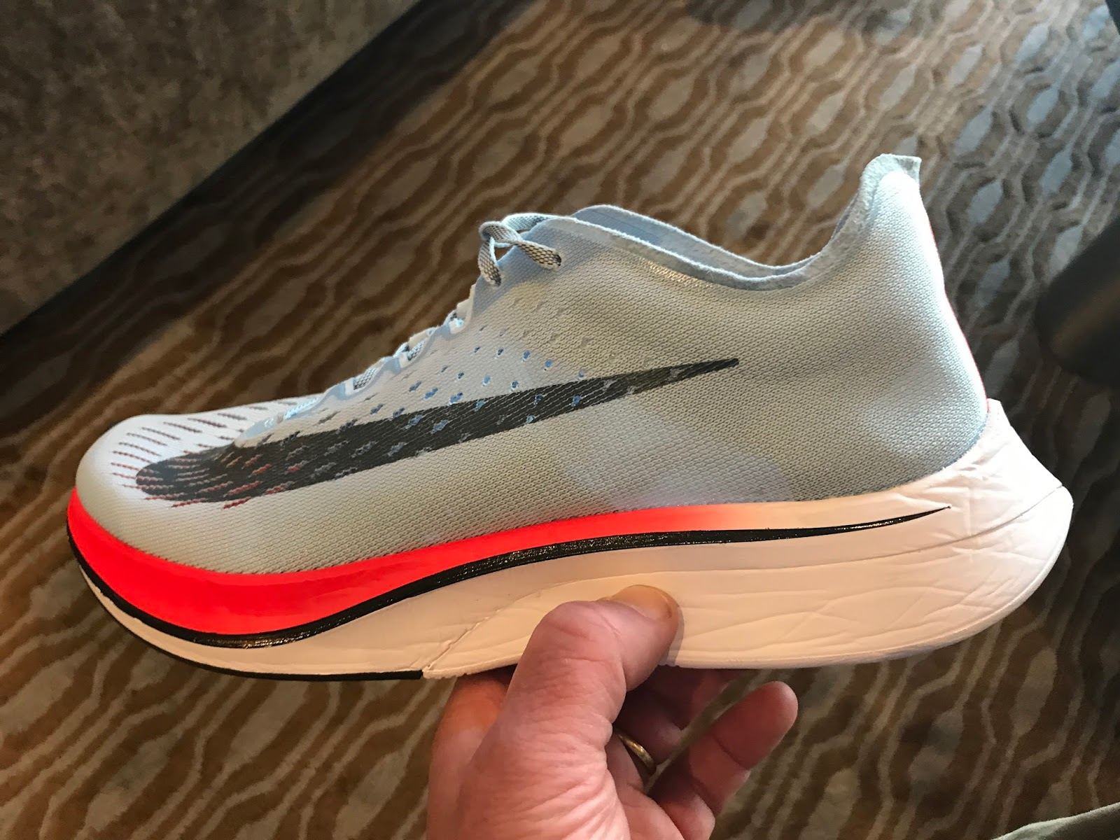 Unlike the tuned down slightly heavier Zoom Fly ($150) there are no Flywire  cords evident.