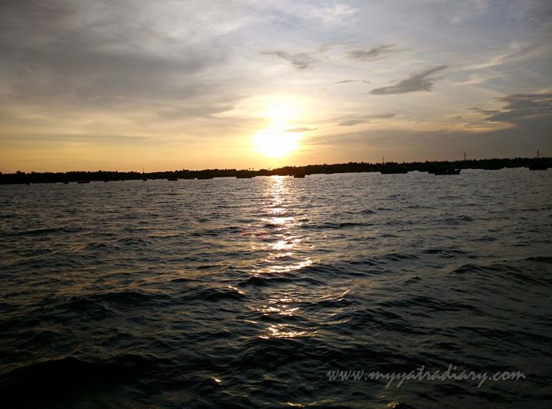 Splendid colors of the sun during boat ride in Rameswaram, Tamil Nadu