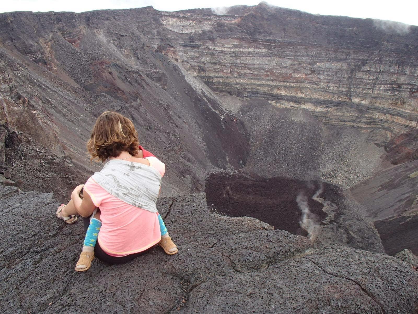 portage écharpe volcan poussette été vacances escalade pratique bébé liberté