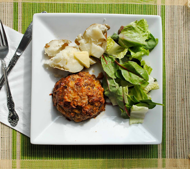 Cheesy Mini Meatloaf from NeighborFoodBlog.com