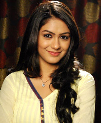 Love Sonia Movie Actress Mrunal Thakur Images, Love Sonia Movie Actress Mrunal Thakur Wallpapers