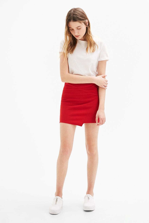 siapa yang suka pakai Mini Skirt rok mini