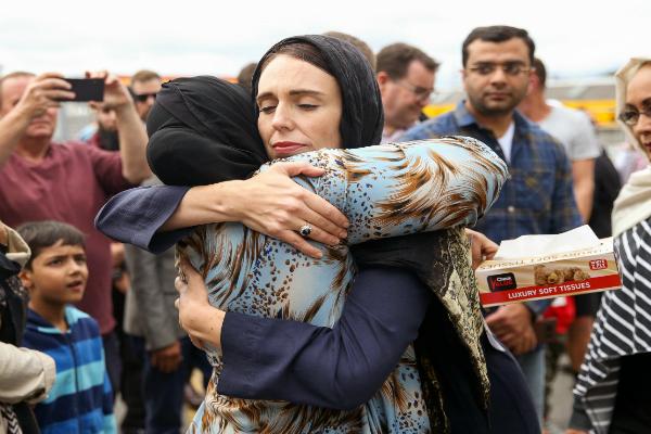 نيوزيلندا تتابع قضائيا ناشري فيديو العملية الإرهابية على الإنترنت