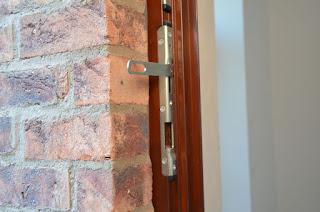 Деревянная дверь из Прбалтики