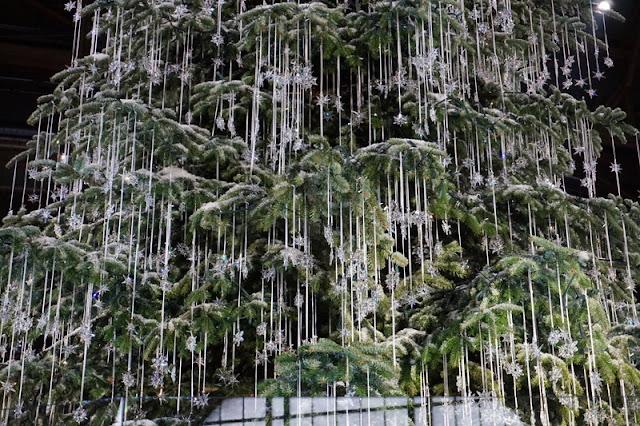 joulukuusi swarowski kristallit överi koristelu