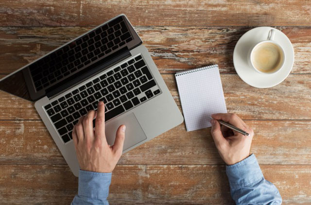 Menjadi Freelance Writer - Cara Mendapatkan Uang dari Travel Hanya dari Blog (Website)