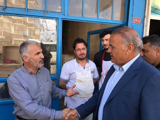 Esnaflar Mahmut Çakmak'ı bağrına bastı