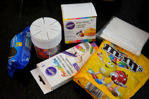 ingredients for cake pop decoration
