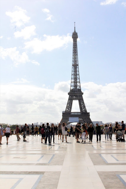 11 THINGS TO DO ON A WEEKEND IN PARIS Falling for A