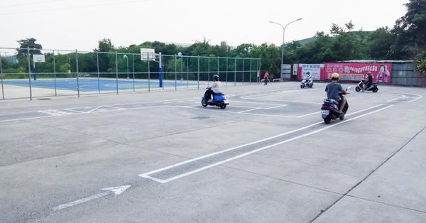 台中大里|大屯區機車訓練場考照場|仁化公園|機車原地練習考試|隨時開放練習