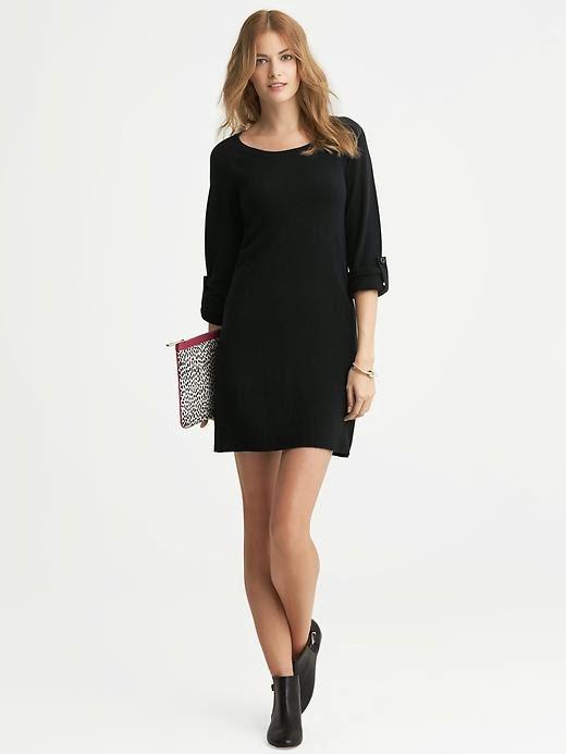 c28279f4b6ea9 Bunun dışında dediğimiz gibi bu siyah elbiseler, V yaka uzun kollu, peplum  etekli, kalem etekli veya pilili siyah elbise modelleri olarak çeşitleniyor.