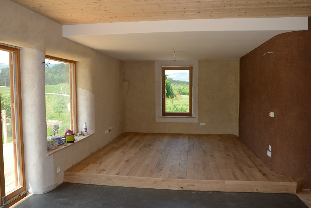 estrade en bois sur mesure id e int ressante pour la conception de meubles en bois qui inspire. Black Bedroom Furniture Sets. Home Design Ideas
