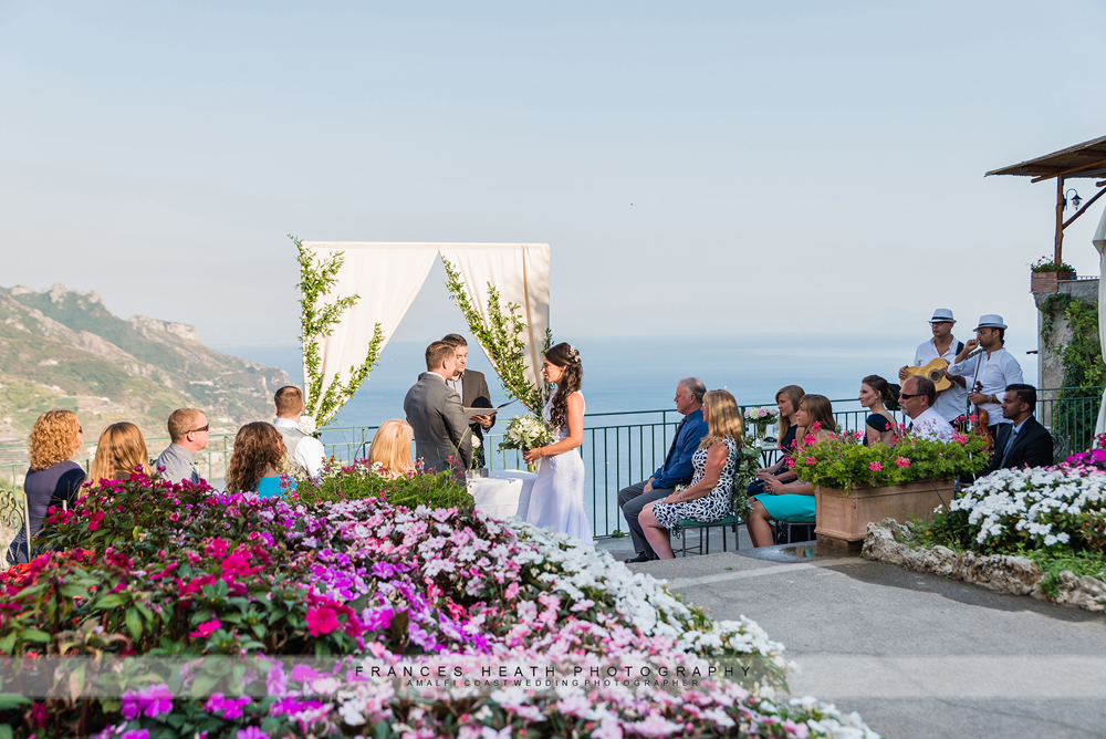 Sea view garden wedding in Ravello