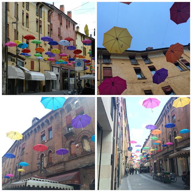 Guarda-chuvas na Via Mazzini