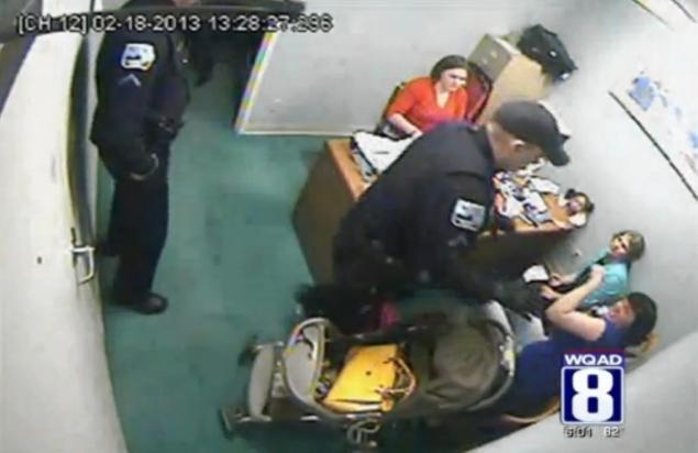 The Urban Politico: Iowa Police Beat Woman Shoplifter
