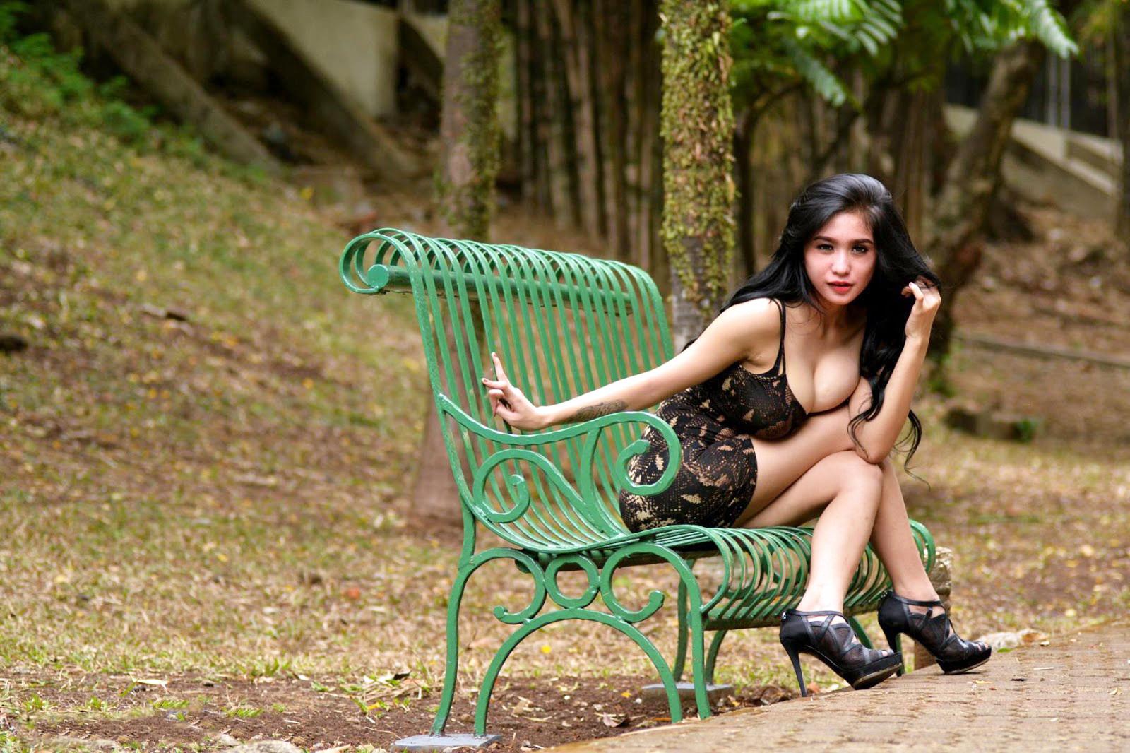 Foto Terbaru Artis pemain FTV Cewek IGO peremupan Cantik Bibie Julius Aka Nadia Ervina biography