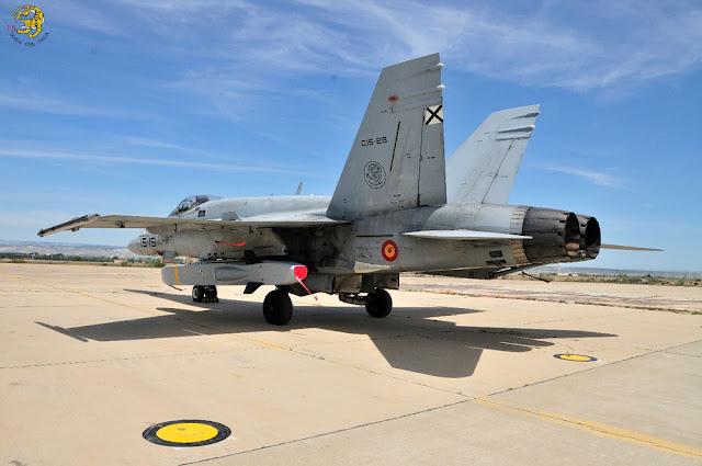 Aviones F-18 españoles realizan lanzamientos reales del misil Taurus en Suecia