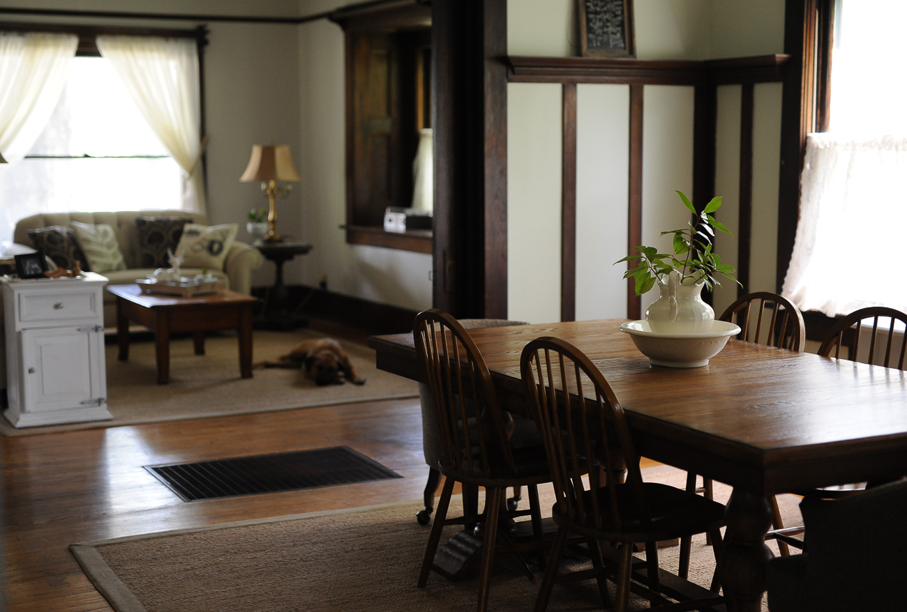 Everyday Light: A Tour of Our American Foursquare House!