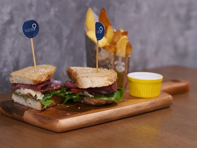 BLT Sandwich RM 24