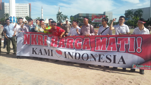 "Kota Batam Bersatu Untuk ""NKRI"" Bhineka Tunggal Ika"