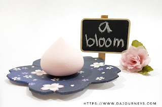 Review A'BLOOM Giant Meringue Puff