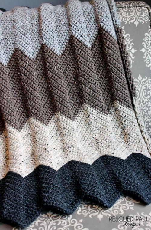Neutral Chevron Crochet Blanket - Free Pattern