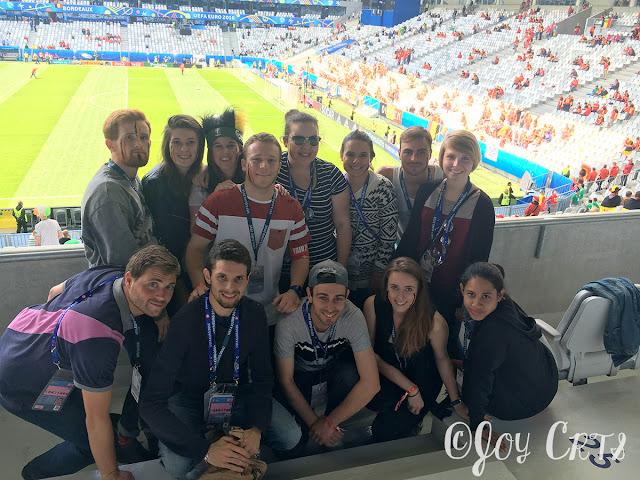 Photo de groupe dans le Matmut Atlantique EURO 2016
