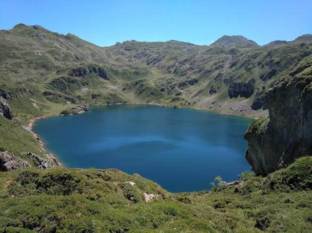 Lago Calabazosa o Lago Negro