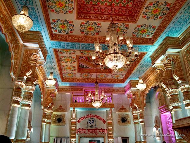 Grand Bikaner palace decoration of Fortcha Icchapurti Ganesha, Fort Vibhag Sarvajanik Ganeshotsav Mandal, Mumbai