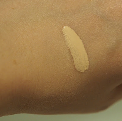 Rimmel London- lasting finish breathable foundation