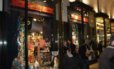 b33243b23e Disney Store Covent Garden London - psychologyarticles.info