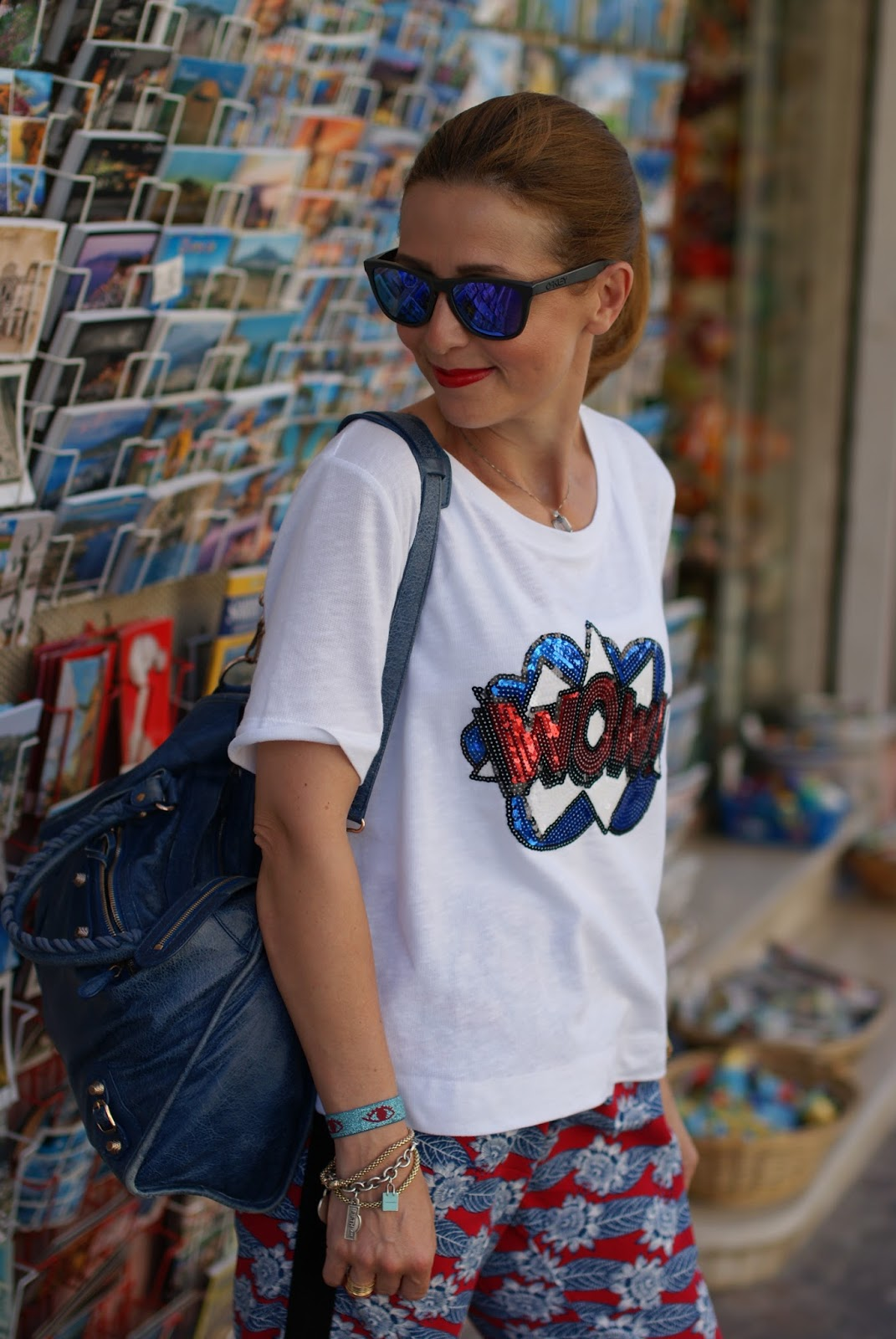 What to wear on a summer trip to the Amalfi coast on Fashion and Cookies fashion blog, fashion blogger style